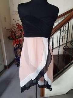 Black/Salmon Short Dress