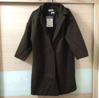 🚚 🤫限時特價➕全新墨綠色厚實超值大衣