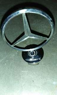 Mercedes-Benz  anblem