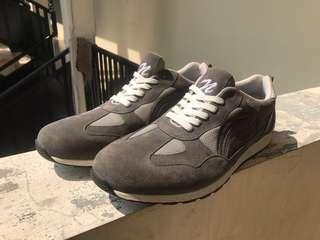 SNEAKERS NOKHA 100% NEW