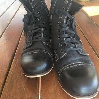 Tamaris Black Leather Combat Boots 9