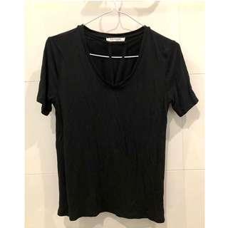 Zara T-Shirt With Thin Collar Baju Hitam