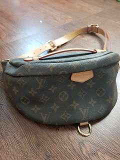Bum Bag Lv (mirror quality)