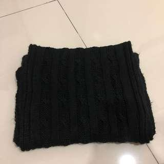 Korean black wool scarf