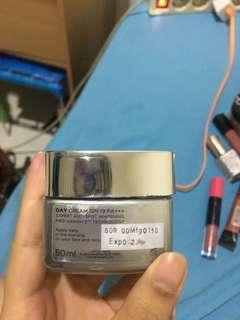 Loreal Whitw Perfect Clincal