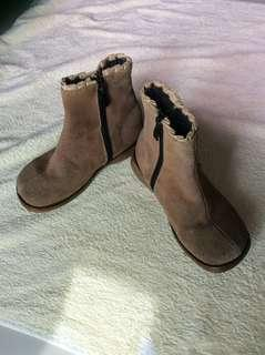 Brown rugged leather baby / toddler / kids boy / girl / gals boots shoes size 19 20cm