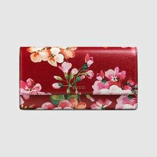 GUCCI Blooms Print Continental Wallet - Floral Red