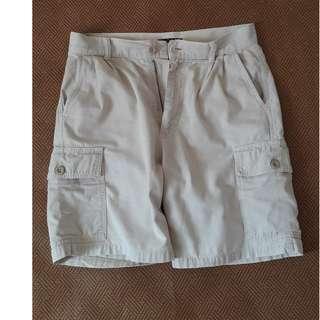 意大利製 SISLEY  男短褲  30寸實度腰圍