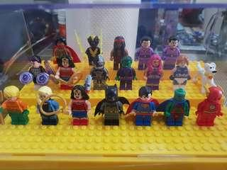 Lego DC Superheroes Minufigures Lot. Authentic, displayed only