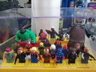 Lego Marvel Superheroes Minifigures Lot, authentic and displayed only
