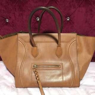 🚚 Authentic Celine Phantom Luggage
