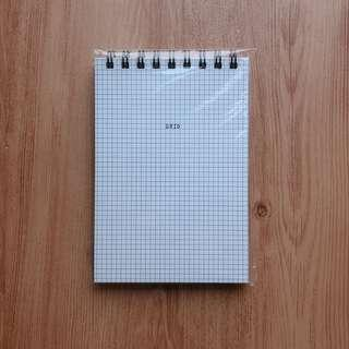 "ARTBOX GRID NOTEPAD (APPROX 5x7"")"