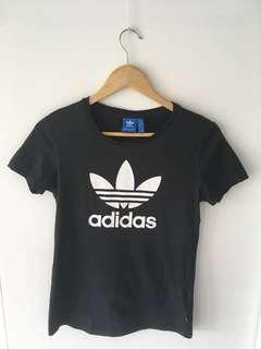 Size 10 UK Black Adidas t-shirt