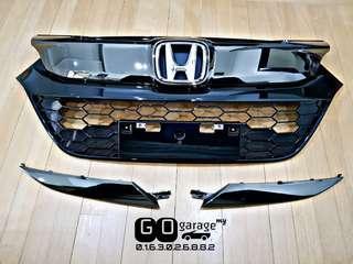 Facelift Honda Vezel RS Dark Chrome Grille