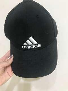 正品Adidas帽(黑)現貨