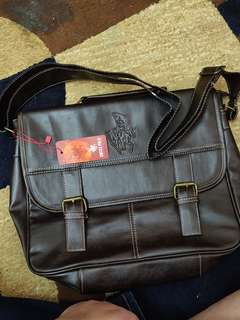 245c28f3e5 Swiss Polo Leather Sling Bag  PayDay30