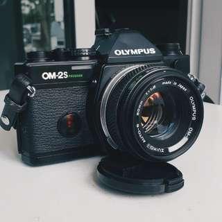Olympus OM2S Program + 50mm + 28mm lenses