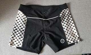 Roxy women water sport shorts 沙灘褲 L size