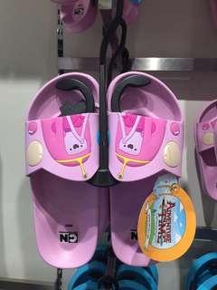 Slippers / sliders