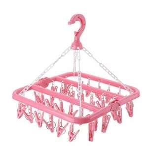 Socks & underwear hanger with 32 clips