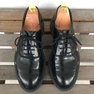 Dr Martens Henley Oxford UK6