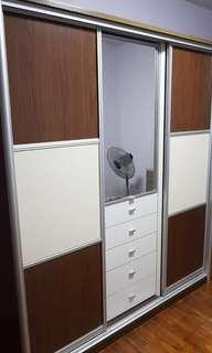 Wardrobe with 2 Sliding Door and Drawers