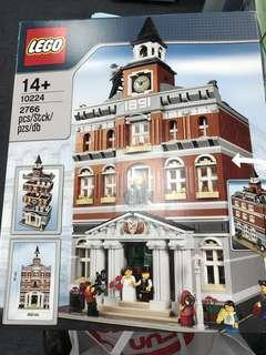 全新未開 Lego 10224 Town Hall