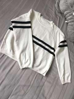Double strips sweater