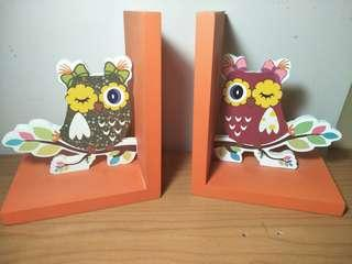 Owl book stands