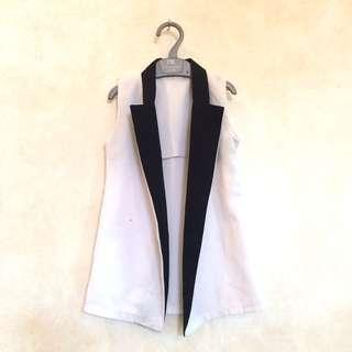 Cool Vest 😎⭐️ 2y