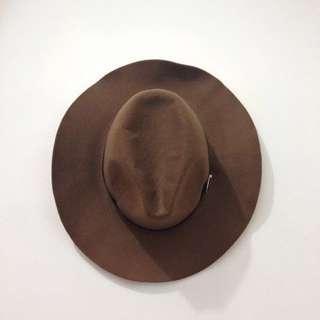 The Executive Floppy Hat
