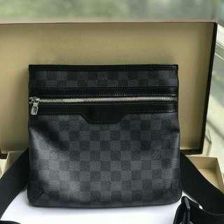 Good as new used less than 5x   Louis Vuitton Bosphore Graphite   ✅dustbag card box ‼️