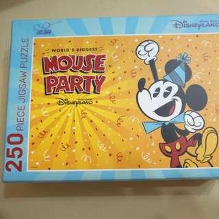 Disneyland  Puzzle--(正版正貨)--迪士尼樂園250塊砌圖