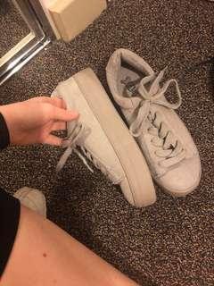 Grey flatform sneakers