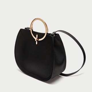 🚚 Zara 金屬環黑色手提+側背包