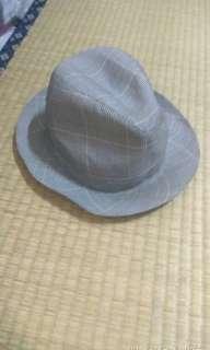 🚚 紳士帽有點髒汙可自行清洗
