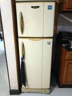 National Refrigerator 2-Compartment
