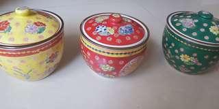 Triple chinese ceramics