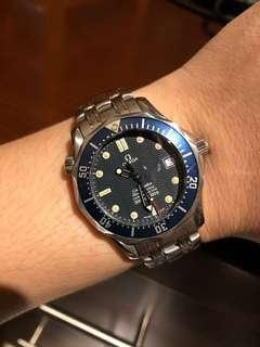 "(SOLD) Rare Omega Seamaster ""James Bond"" Mid-Size Automatic 2551.80.00"