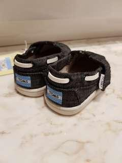 TOMS Baby Shoes brand new