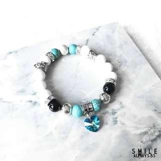 Classy White X Chain bracelet