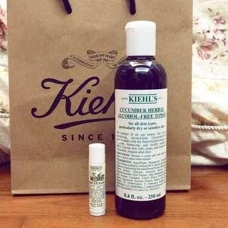🚚 契爾氏 Kiehl's 優惠組  小黃瓜植物精華化妝水 250ml 寶寶護唇膏 4.4g 專櫃 現貨 百貨購入