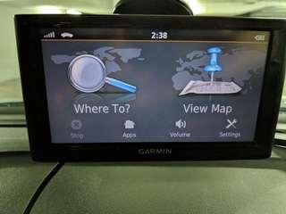 Almost new Garmin GPS nuvi 67