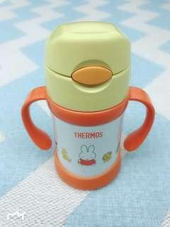 Japan imports Thermos GMBH Thermos baby vacuum insulation sippy cups (with handle) vacuum cup, 250ml