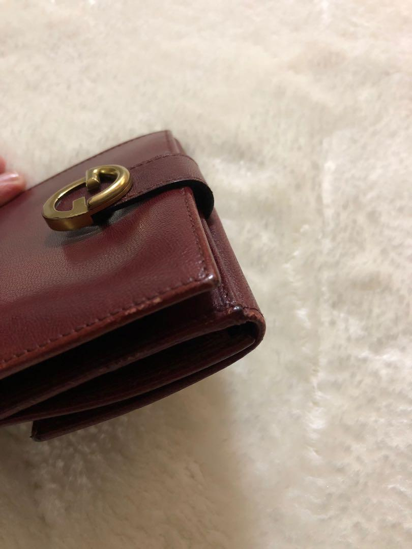 Authentic GUCCI slim bifold leather wallet