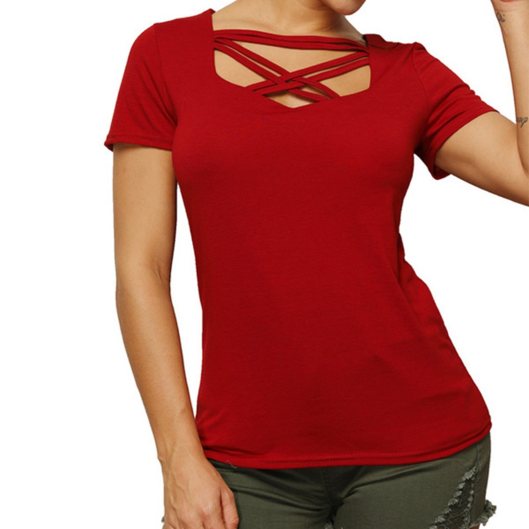 d10b4b70952d Fitted Plain T-Shirt, Women's Fashion, Clothes, Tops on Carousell