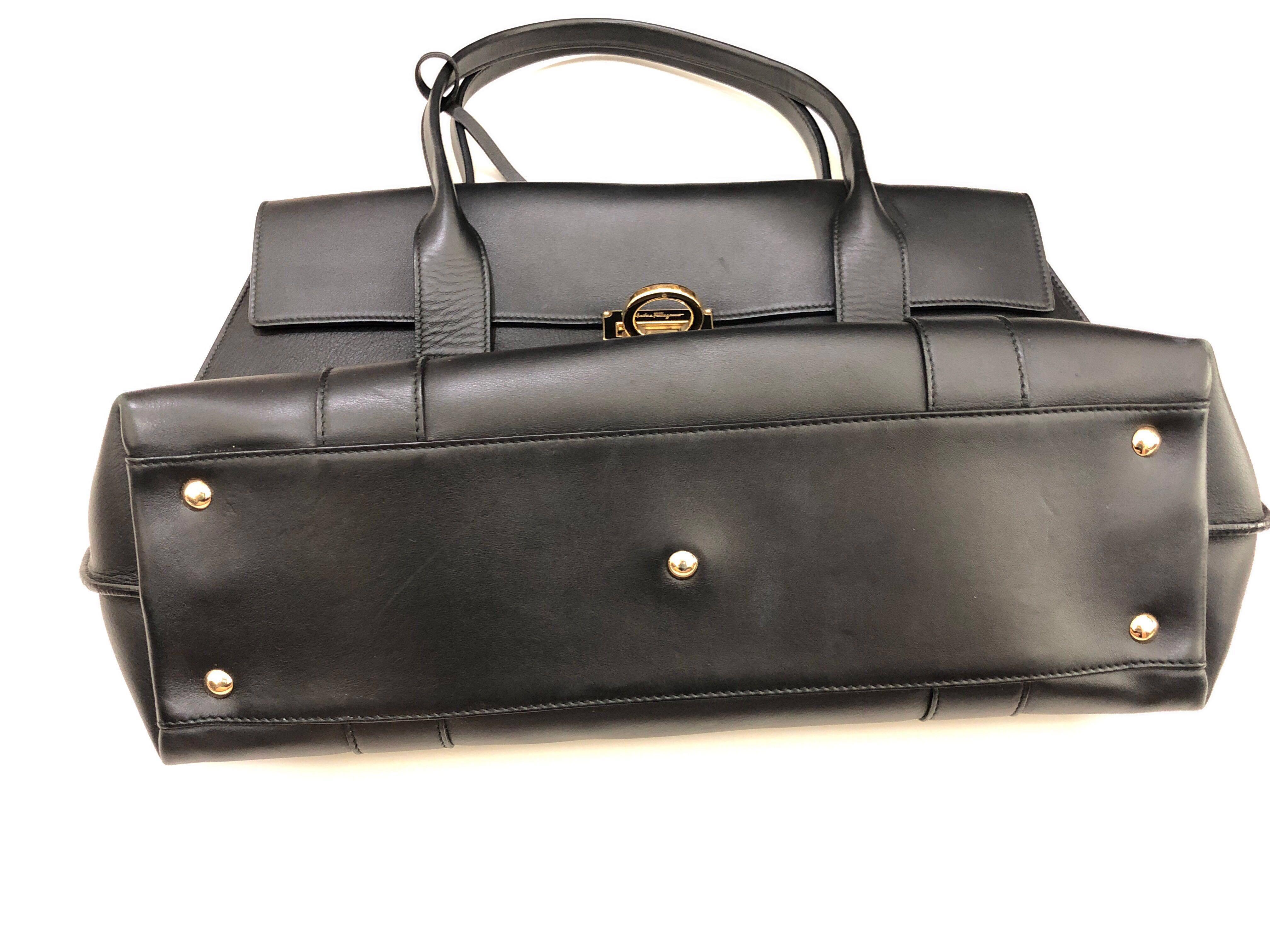 748bb44d7151 Full Leather Salvatore Ferragamo handbag