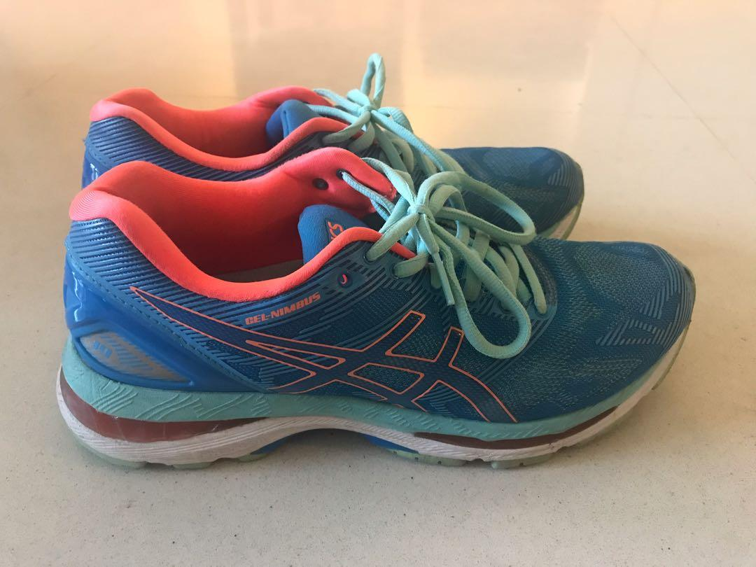Ladies/girls Asics Gel Running Trainers