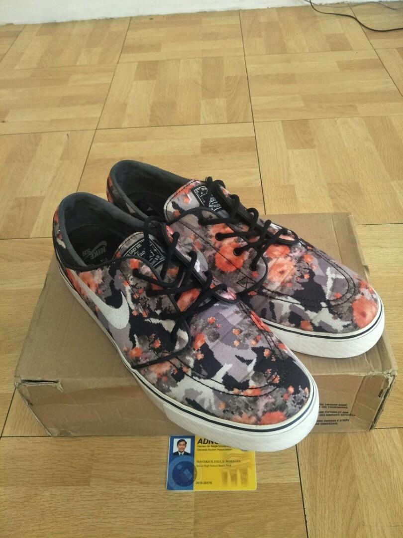 5e6f171c3118 Nike SB Stefan Janoski Digi Floral Mandarin  CarousellSneakerFest ...
