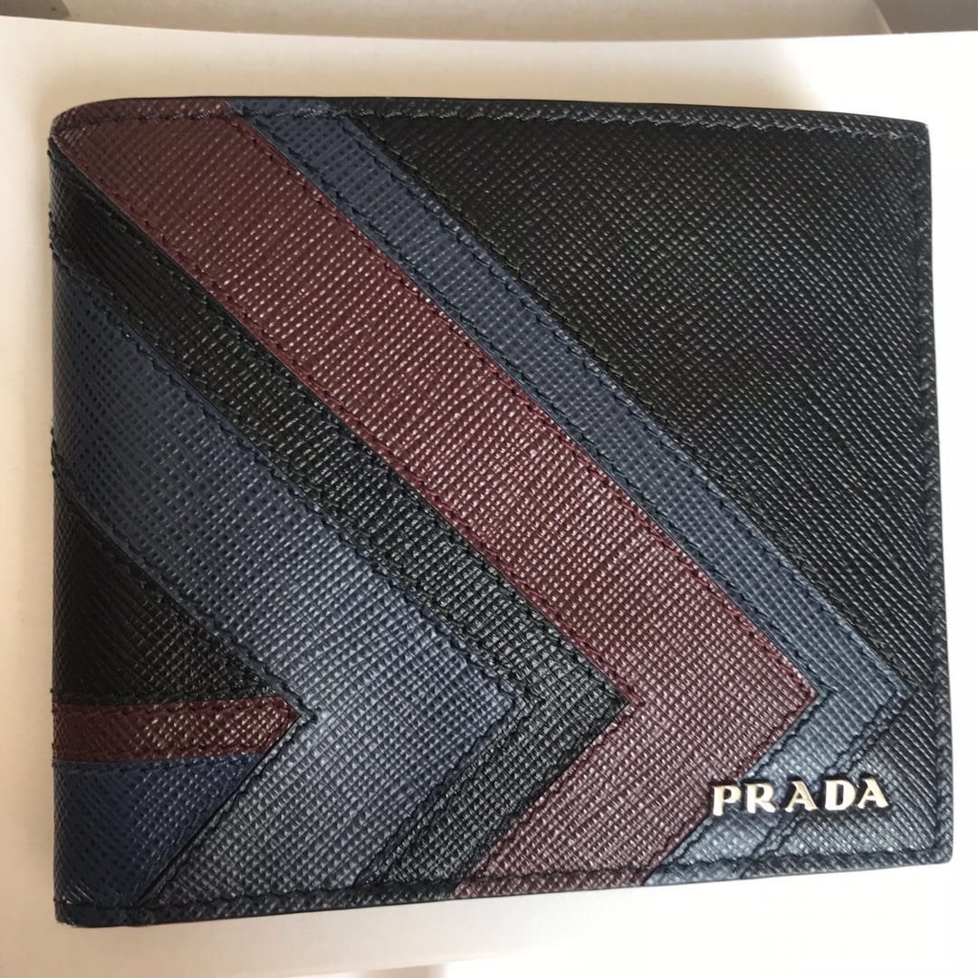 3dacc776aac PRADA Saffiano Leather Men's Bifold Wallet 100% AUTH+BRAND NEW ...